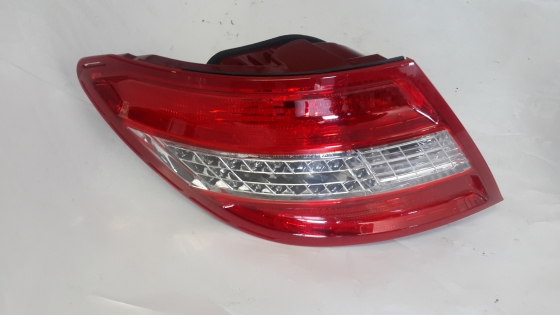 Mercedes-Benz W204 LED 1/2 Taillights For Sale