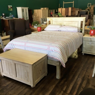 Pine Flat Top Double Bed (1370) - Van Ouds