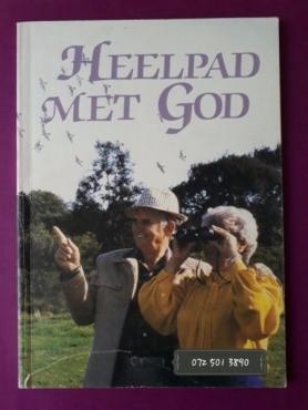 Heelpad Met God - Kobus Victor - Een Maand Se Dagstukkies Vir gelowiges Bo 60.