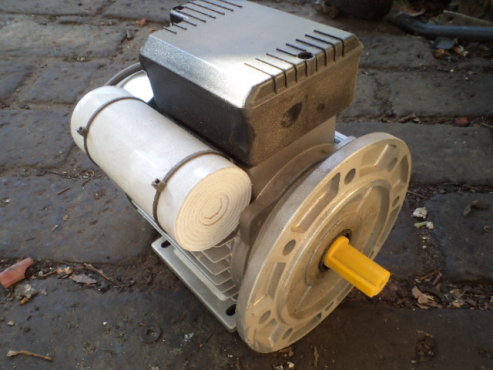 0.55 kw 220 volt electric motor