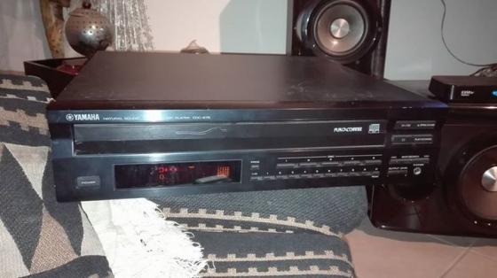 Yamaha 5 disk CD. Player