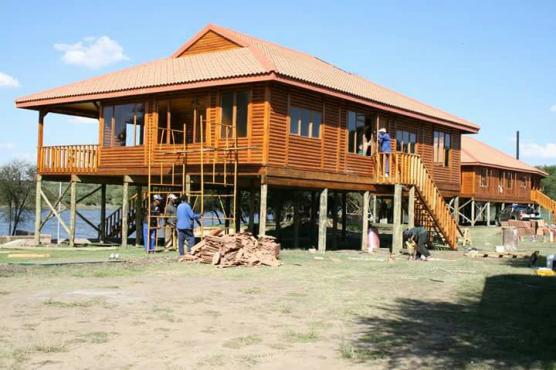 Holiday Log Homes