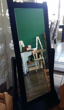 Cherval Mirror - Mahogany