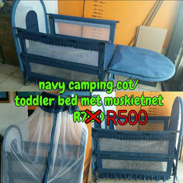 Navy camping cot, toddled bed en muskiet net