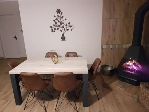7 piece dinning suite