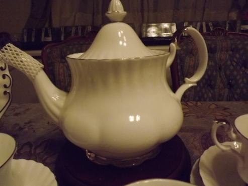 Royal Albert Chantily 23 piece Tea Set