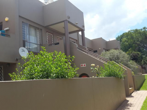 Vorna Valley Tulipwood large 3bedroomed townhouse to let for R7650