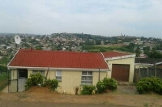 Umlazi R house for sale