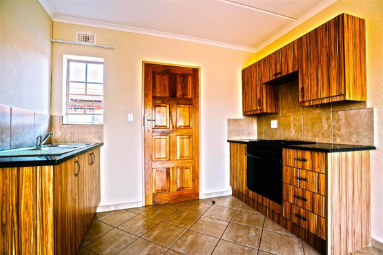 Turfontein massive 4bedroomed house to let for R6950
