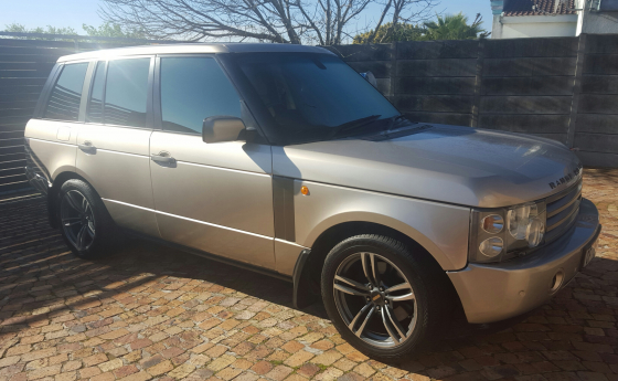 Land Rover / Range Rover 4.4L M62 Engine Automatic, 2003 Model, Lic, Gold colour, Towbar, Mag wheels