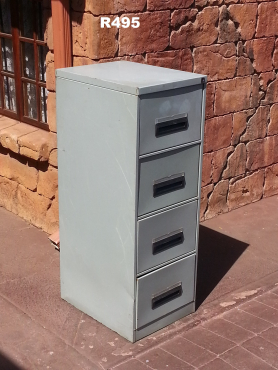 Steel Filing Cabinet (465x630x1330)