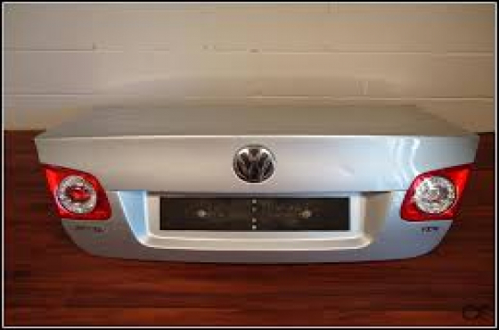 Vw Jetta Mk5 2008 1 6 Second Hand Complete Bootlid For No Taillight Boot Lock