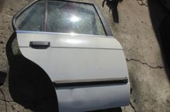 Bmw E30 Right Rear Door Shell White For Sale