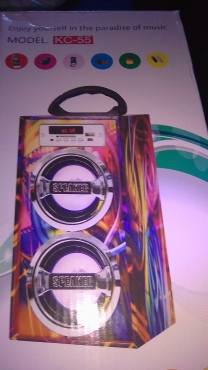 bluetooth  speaker  boxes  x2