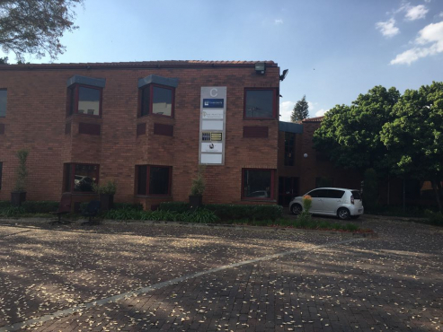 These offices are situated close to the Brooklyn Mall, situated on the Gautrain bus route!