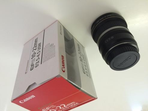 Canon EF-S 10-22mm f/3.5-4.5 USM Lens, like new