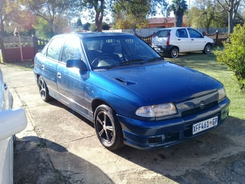 astra 160ie in cars in south africa | junk mail