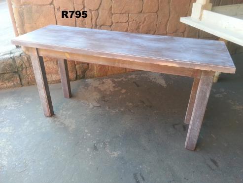 Pine Server Table (1605x545x775)