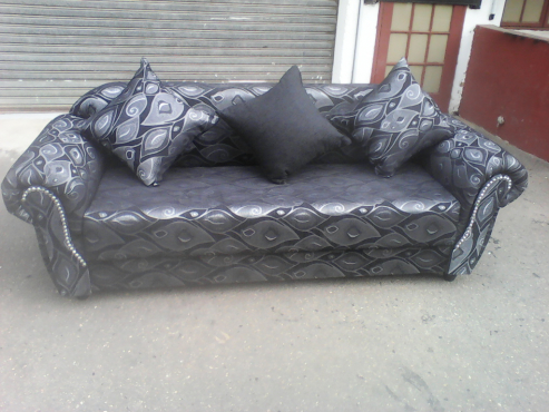 lounge suite sale at marges.k. furniture ph )0603059903