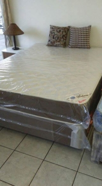 Queen base and mattress sets with 10 year warranty