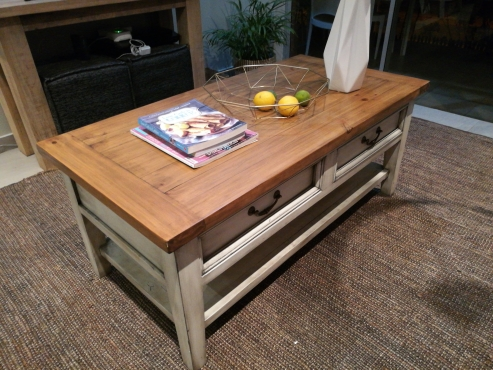 Coffee table or TV Stand