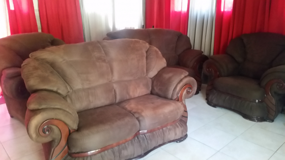 Lounge sweet for sale