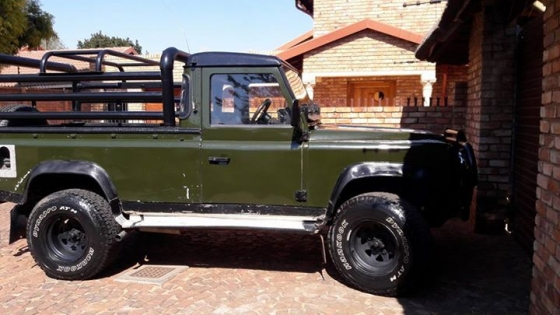 landrover defender in Cars in South Africa | Junk Mail
