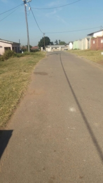 Four Room for sale kwamashu with a clean  big yard.