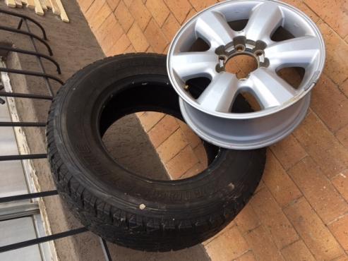 Fortuner Rims & 5 Tyres
