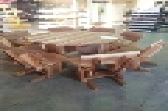 8 seater solid wood diningroom suite