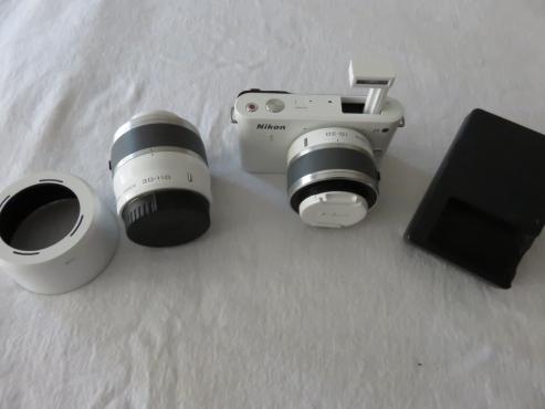Nikon 1 J1 Twin Lens