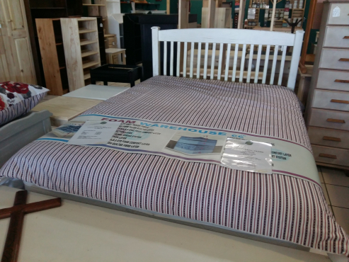 Christie Double bed - Van Ouds