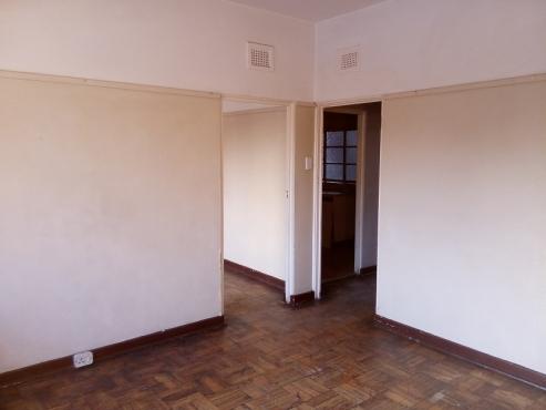 2 Room Flat in Pietermaritzburg Central