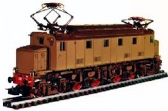 MODEL RAILWAY COLLECTIONS WANTED