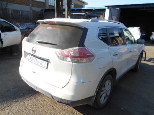 2015 Nissan Xtrail SE
