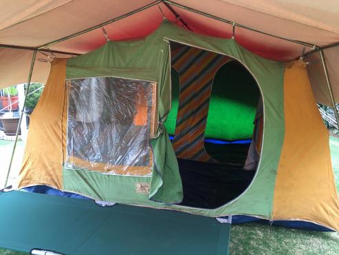 Protea canvas tent
