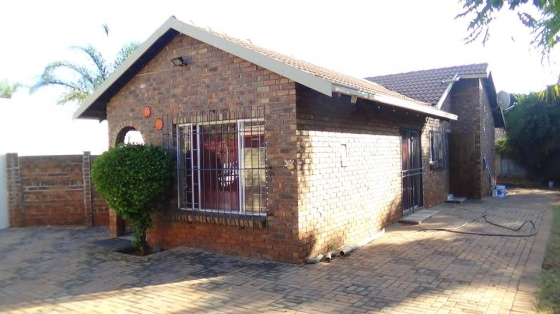 3 Bedroom Home in Doornpoort – R 1 000 000