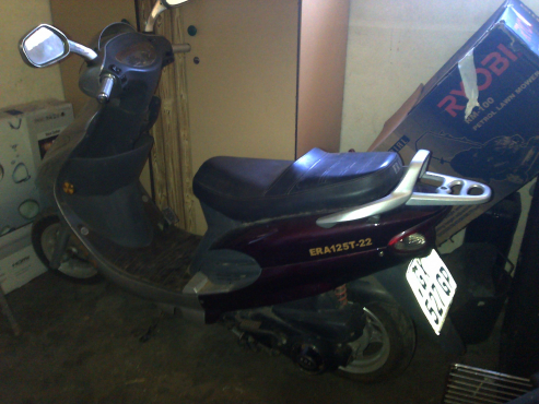 Scooter for sale as spares
