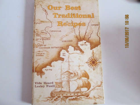 1st Edition 1975 : Our Best Traditional Recipes - Wida Heard, Lesley Faull