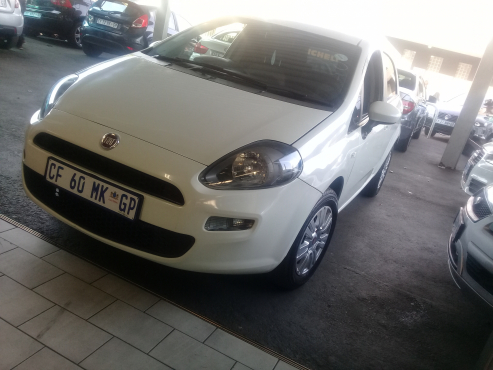 used 2012 Fiat Grande Punto 1.4 5-door dynamic Great buy FINANCE AVAILABLE