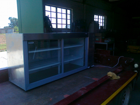 Undercounter double glass door chiller fridge