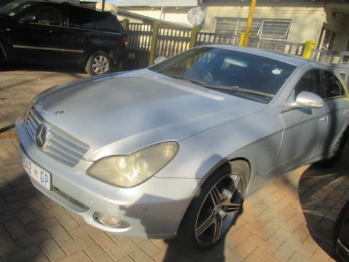 2005 Mercedes Benz CLS500 V8