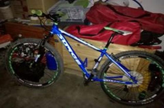 Surge 29 fiets