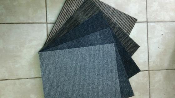 Carpet tiles / mates
