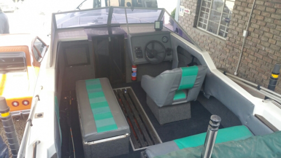 18ft cabin cruiser