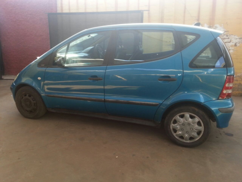 MERCEDES BENZ A160 AUTO FOR STRIPPING