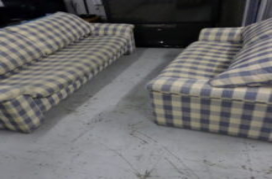 2 piece lounge suite