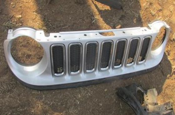 2015 Jeep Renegade Grill For Sale