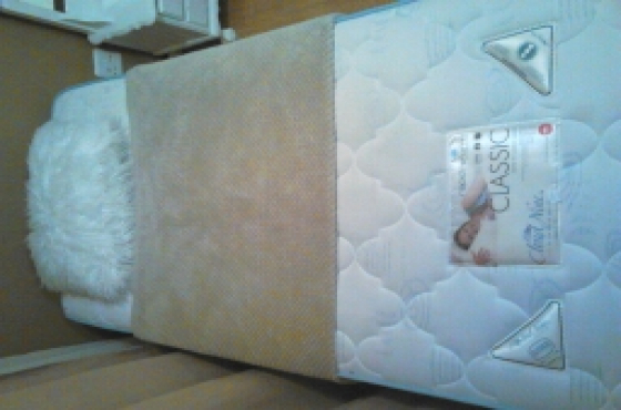 Almost New Cloud Nine Single Bed Mattress