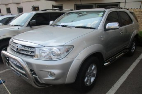 2010 Toyota Fortuner V6 4.0 4x4 automatic